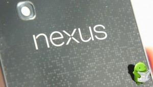 Nexus4-Hands